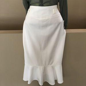 NWT East 5th Pencil Skirt w ruffled hem Size 8